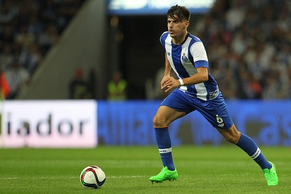 Ruben Neves chelsea liverpool