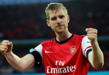 Per Mertesacker new arsenal deal