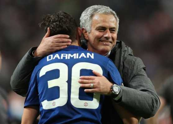 Manchester United boss Jose Mourinho eager to keep Matteo Darmian